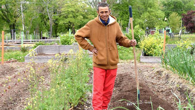Refugee farmer puts down Halifax roots – Chronicle Herald